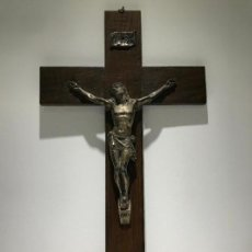 Antigüedades: ANTIGUO CRUCIFIJO DE MADERA CON CRISTO. Lote 121220159
