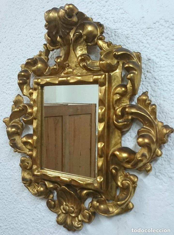 Antigüedades: Espectacular cornucopia, espejo dorado al oro fino en madera. Siglo XVIII. Perfecta. 69x61x10 cm - Foto 2 - 155206078