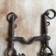 Antigüedades: BOCADO HIERRO CABALLO. Lote 121256508
