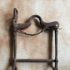 Antigüedades: BOCADO HIERRO CABALLO. Lote 121256808