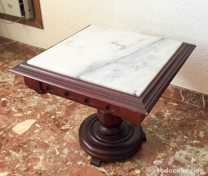 MESA DE CENTRO DE MADERA MACIZA (Antigüedades - Muebles Antiguos - Mesas Antiguas)