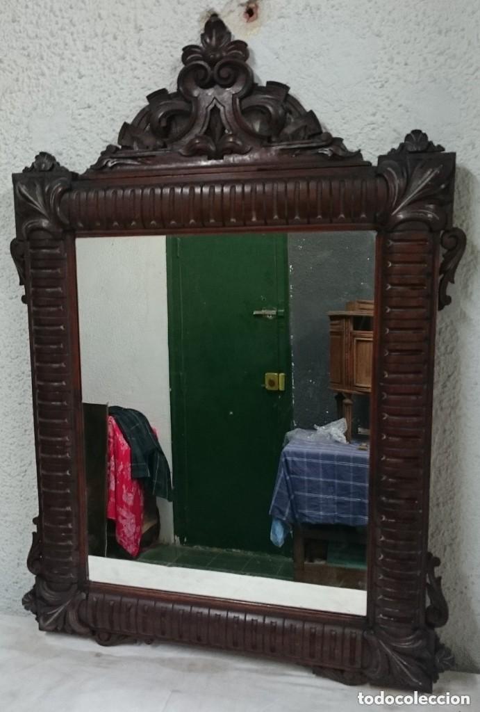 Antigüedades: Antiguo espejo de caoba cubana. Siglo XIX. Motivos vegetales. Espectacular!.100x75cm. Ver fotos - Foto 3 - 121344443