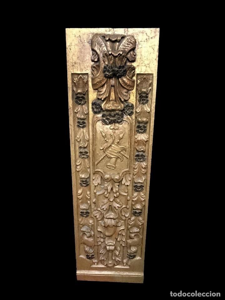 Antigüedades: Antigua tabla, adorno con motivos vegetales. Dorado y policromado. 173x55cm.Retablo. Únicas - Foto 2 - 121345059