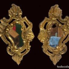 Antigüedades: ANTIGUA PAREJA DE ESPEJOS, CORNUCOPIAS DE NOGAL DORADAS AL ORO FINO. S.XVIII.54X32 CM. Lote 121350155