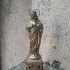 Antigüedades: SAGRADO CORAZÓN DE JESÚS - NEOGÓTICO - EN CALAMINA, MUY BONITO - 12 CMS. ALTURA TOTAL. Lote 179249602
