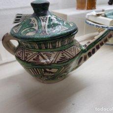 Antigüedades: CAFETERA CERAMICA TERUEL AÑOS 50 FIRMADA PUNTER. Lote 121511895