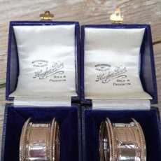 Antigüedades: ANTIQUE/ PAIR/ OF BOXED. STERLING SILVER NAPKIN RINGS. Lote 121564091