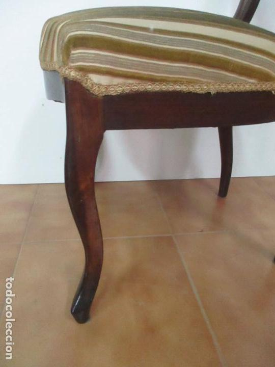Antigüedades: 4 Sillas Isabelinas (Ditada) - Silla, Madera Jacarandá - Tapicería Correcta - S. XIX - Foto 8 - 121578827