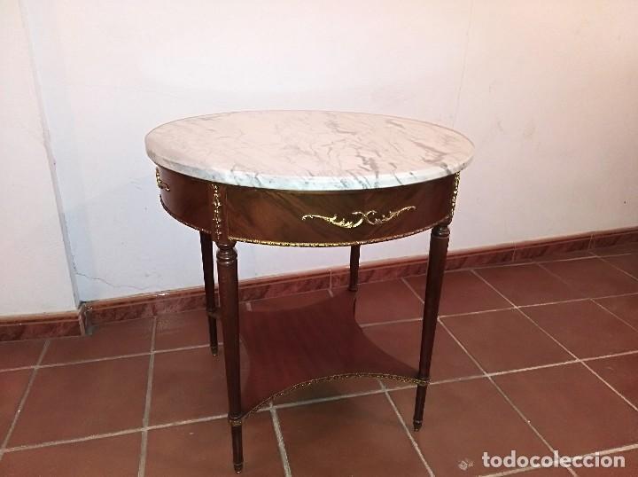 MESA REDONDA TAPA DE MÁRMOL (Antigüedades - Muebles Antiguos - Mesas Antiguas)