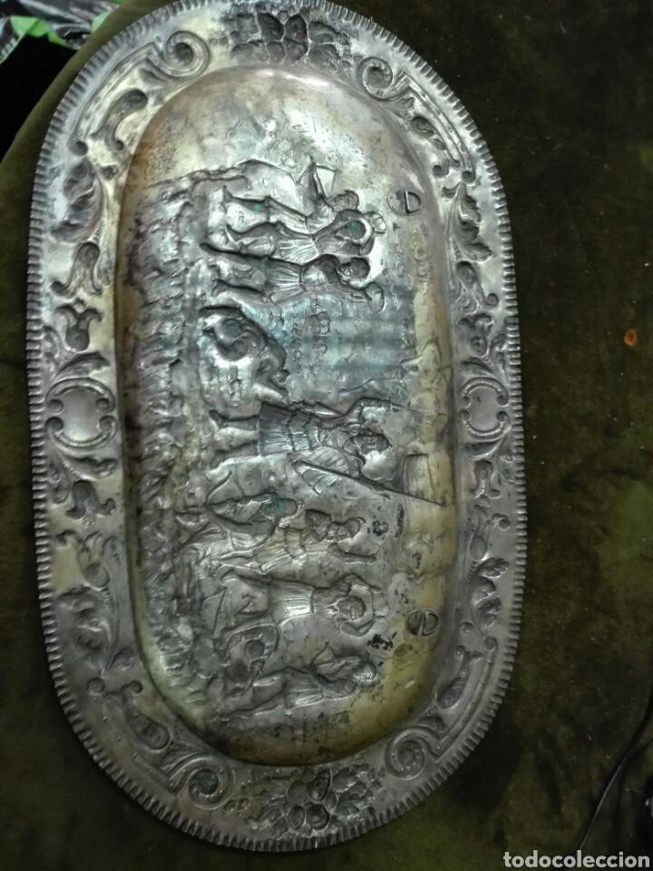 Antigüedades: Bandeja en plata de ley - Foto 6 - 121622811