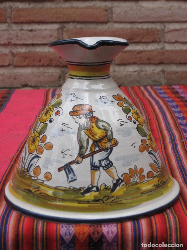 JARRA EN CERAMICA PINTADA Y VIDRIADA - BASE MUY GRANDE - (Antigüedades - Porcelanas y Cerámicas - Puente del Arzobispo )