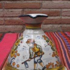 Antigüedades: JARRA EN CERAMICA PINTADA Y VIDRIADA - BASE MUY GRANDE -. Lote 153813349