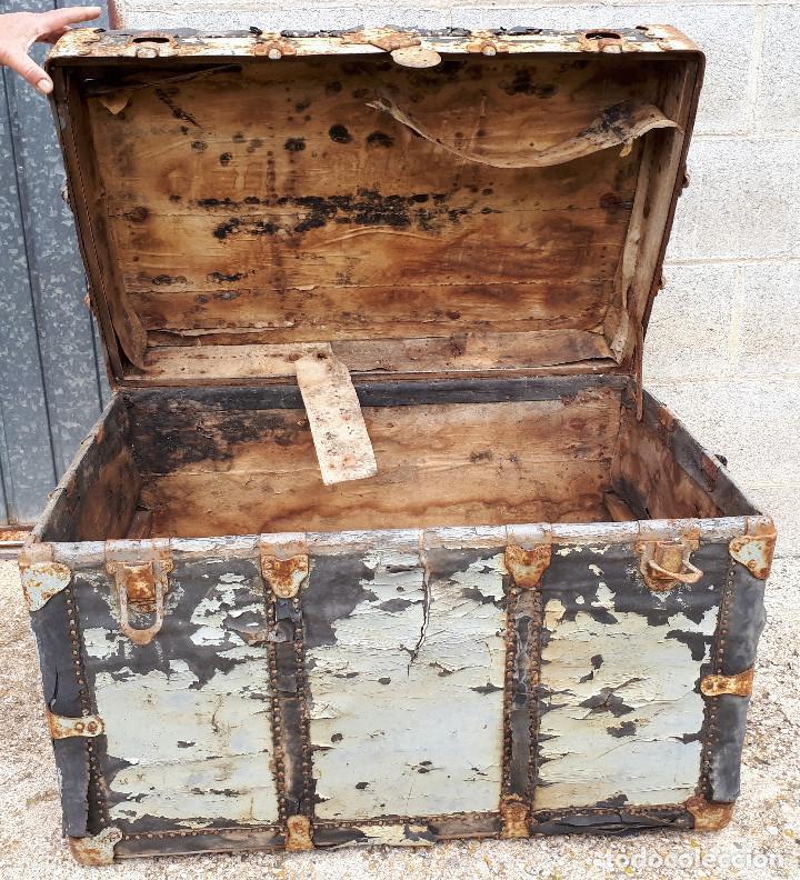 Antigüedades: Baúl de viaje americano, 82 x 55 x 52 cm, a restaurar - Foto 7 - 121655895
