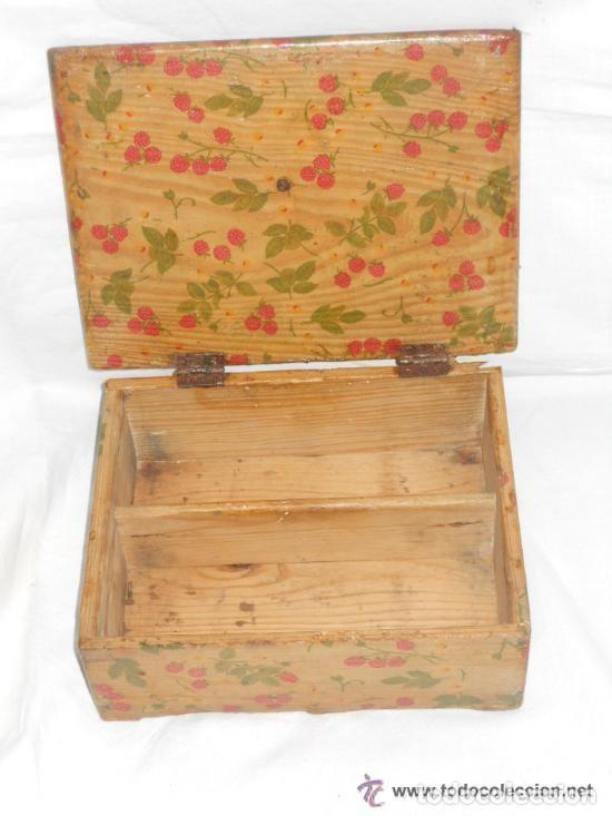 Antigüedades: antigua caja, de madera de pino. Restaurada - Foto 2 - 121675303
