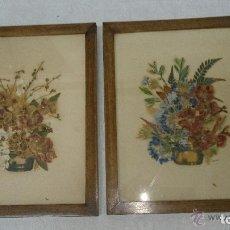 Antigüedades: ANTIGUO PAR DE CUADROS DE FLORES SECAS.. Lote 121675491