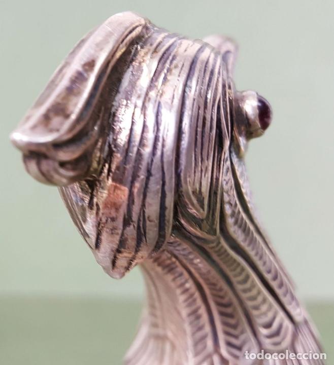 Antigüedades: PAREJA DE FAISANES. PLATA LABRADA. OJOS DE CRISTAL. SIGLO XX. - Foto 14 - 121836531
