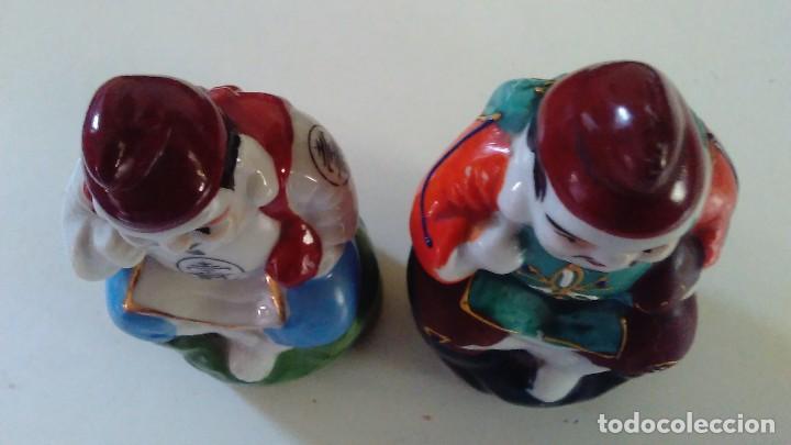Antigüedades: Pareja de figuras chinas de porcelana - Foto 15 - 121862907