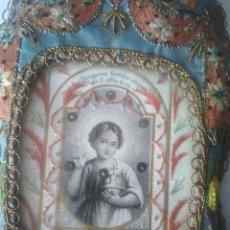 Antigüedades: PRECIOSO ESCAPULARIO BORDADO EN SEDA. 20.5 X 11.5 CM.. Lote 121869311