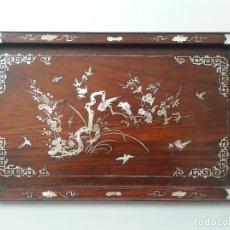 Antigüedades: BANDEJA MADERA Y NACAR. CHINA. S. XIX. Lote 121915791