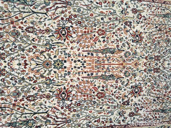 Antigüedades: Gran alfombra de motivos florales semi-antigua - Foto 3 - 121924807