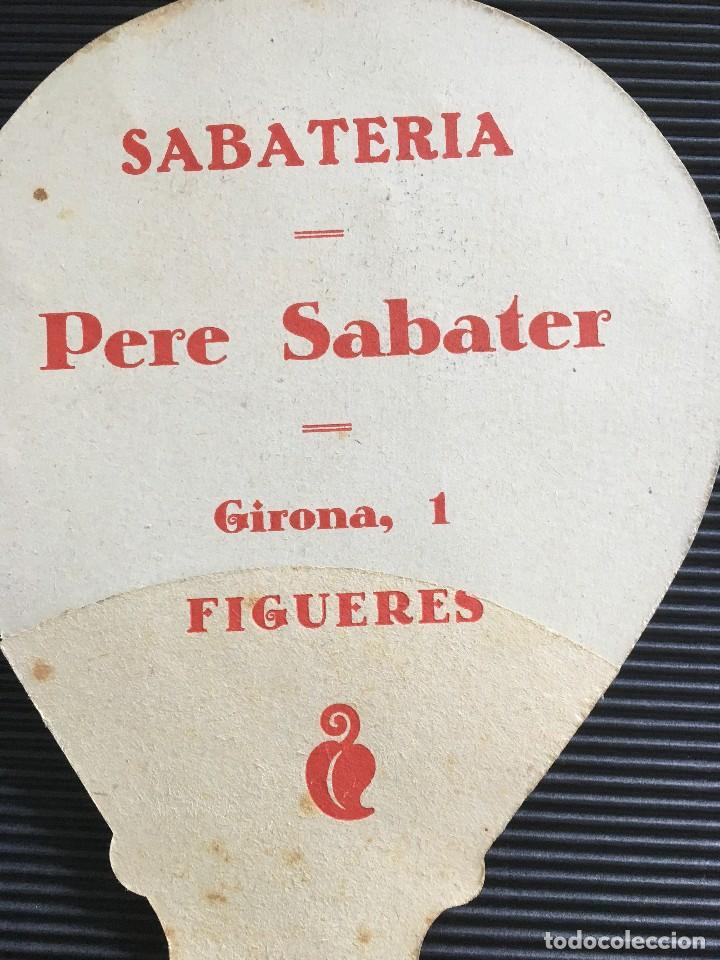 Antigüedades: ANTIGUO Y ELEGANTE ABANICO DE CARTON, CON PUBLICIDAD DE SABATERIA PERE SABATER- FIGUERES - Foto 4 - 121958759