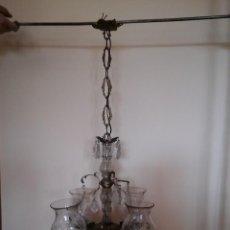 Antigüedades: LAMPARA DE METAL Y CRISTAL CON 4 TULIPAS. Lote 121976271