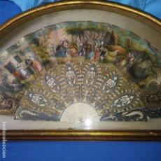 Antigüedades: ABANICO SIGLO XVIII, MARFIL TALLADO, PAÍS PINTADO A MANO, VER FOTOS.. Lote 121984923