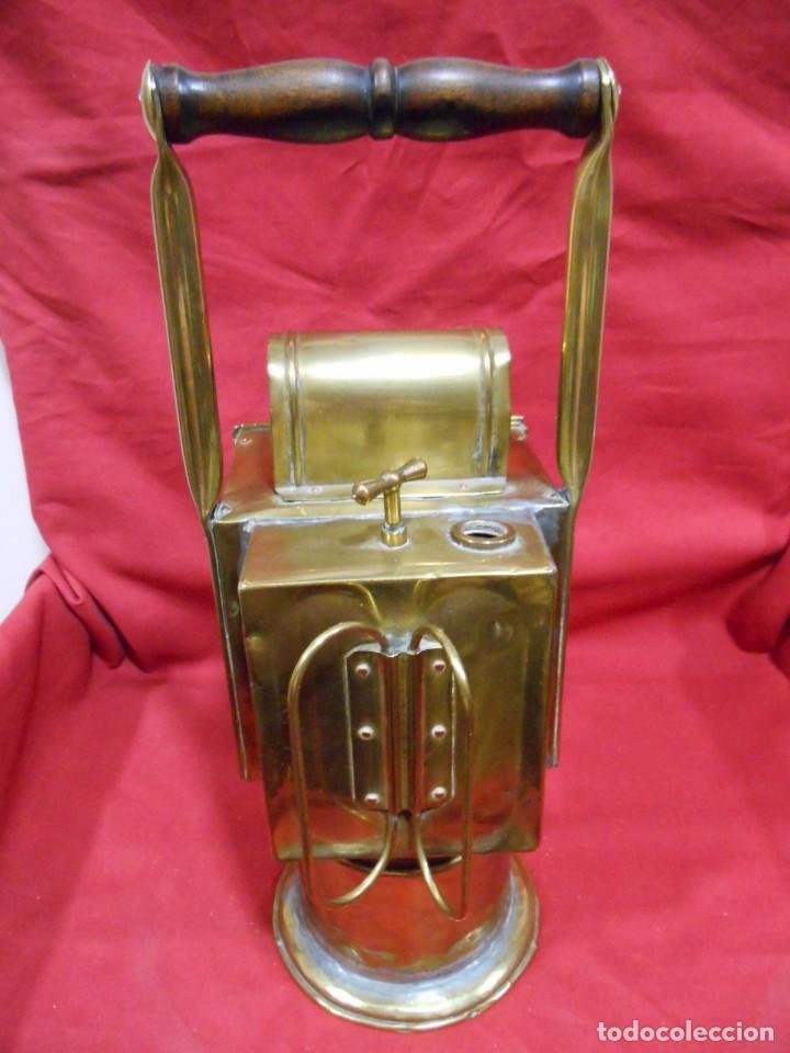 Antigüedades: ANTIGUO FAROL FERROVIARIO DE SEÑALES DE LATON UTILIZADO POR AGENTE FERROVIARIO EN ESTACION - Foto 4 - 122128243