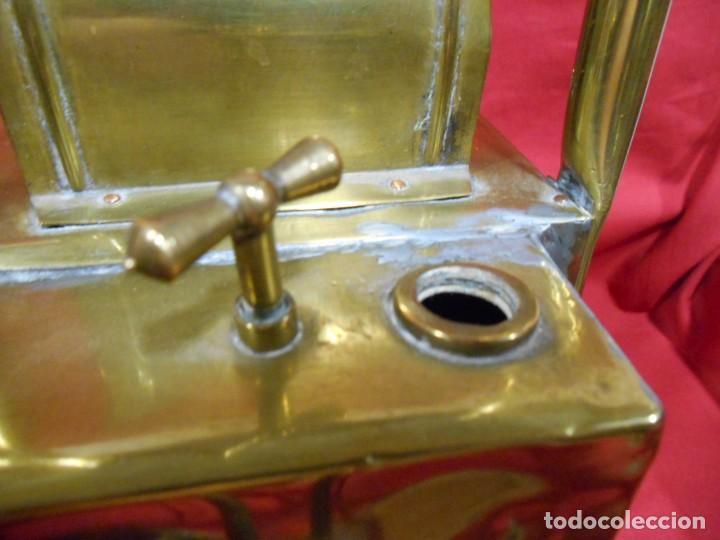 Antigüedades: ANTIGUO FAROL FERROVIARIO DE SEÑALES DE LATON UTILIZADO POR AGENTE FERROVIARIO EN ESTACION - Foto 5 - 122128243