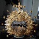 Antigüedades: CORONA TAMAÑO NATURAL 61 CM PARA VIRGEN SEMANA SANTA METAL CON BAÑO DE ORO Y ESTRELLAS DESMONTABLES.. Lote 153505910
