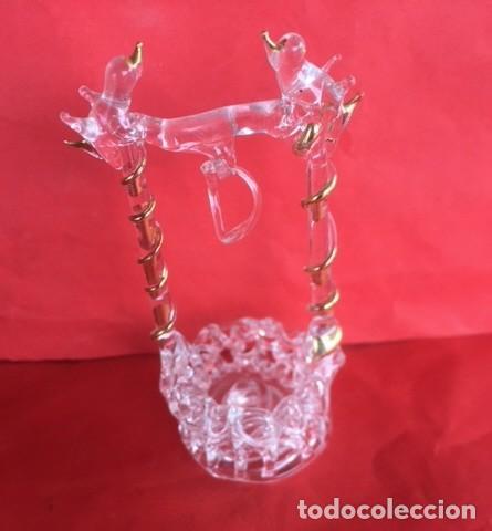 Antigüedades: Delicada figura cristal pozo, con pajaritos , cristal , oro. - Foto 5 - 122193631