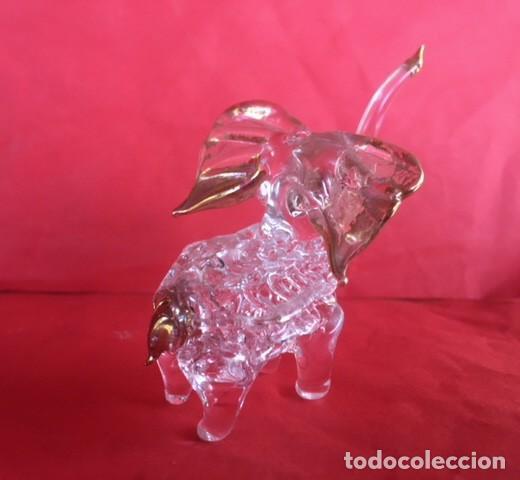 DELICADA FIGURA ELEFANTE DE CRISTAL ACABADO ORO (Antigüedades - Cristal y Vidrio - Catalán)