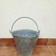 Antigüedades: ANTIGUO CUBO DE ZINC. Lote 122293362