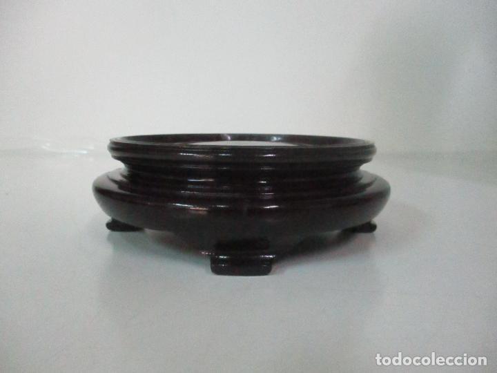 Antigüedades: Pareja Jarrones Orientales - Jarrón Porcelana de Nanking, China - Peanas de Madera - Altura 48,5 cm - Foto 31 - 150332305