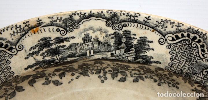 Antigüedades: GRAN PLATO EN CERAMICA PICKMAN & CIA (semi china) SIGLO XIX. LA CARTUJA SEVILLA. 38,5 CM. DIAMETRO - Foto 3 - 122425859