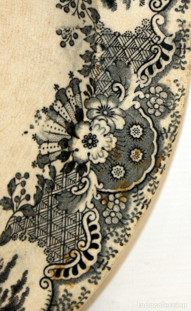 Antigüedades: GRAN PLATO EN CERAMICA PICKMAN & CIA (semi china) SIGLO XIX. LA CARTUJA SEVILLA. 38,5 CM. DIAMETRO - Foto 5 - 122425859