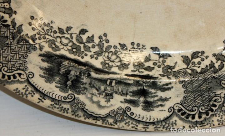 Antigüedades: GRAN PLATO EN CERAMICA PICKMAN & CIA (semi china) SIGLO XIX. LA CARTUJA SEVILLA. 38,5 CM. DIAMETRO - Foto 6 - 122425859