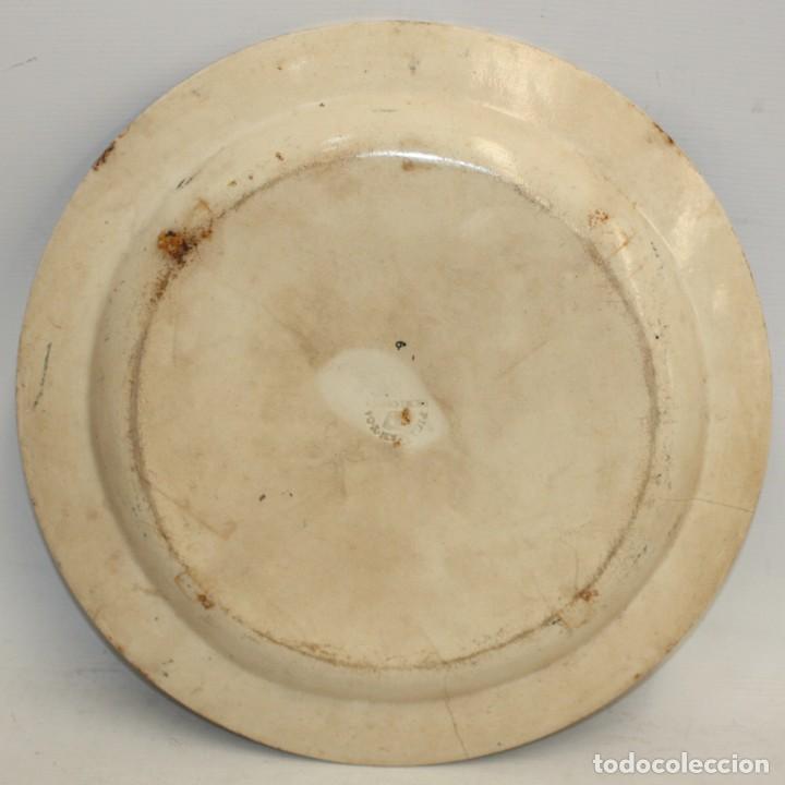 Antigüedades: GRAN PLATO EN CERAMICA PICKMAN & CIA (semi china) SIGLO XIX. LA CARTUJA SEVILLA. 38,5 CM. DIAMETRO - Foto 8 - 122425859