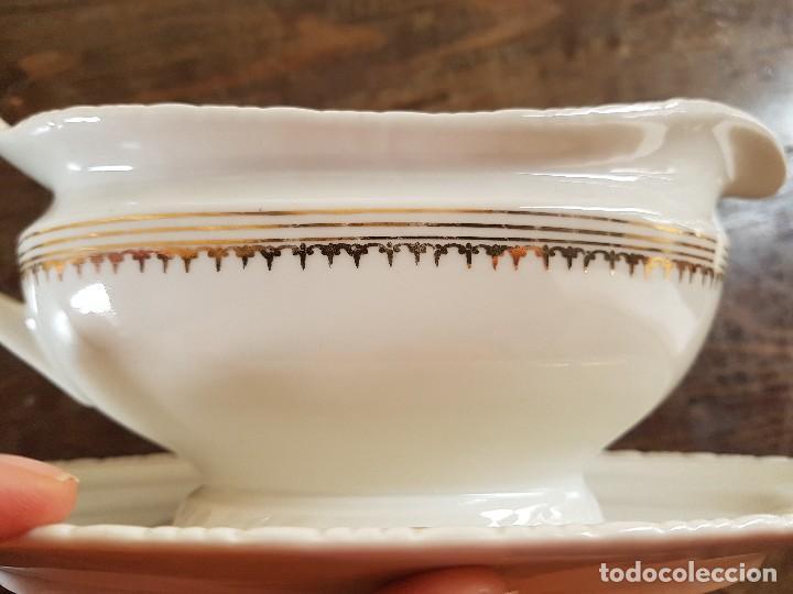 SALSERA PORCELANA Y ORO (Antigüedades - Porcelanas y Cerámicas - Otras)