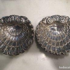 Antigüedades: PAREJA DE SALVILLAS EN PLATA. Lote 122462030