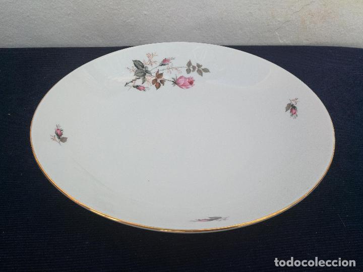 FUENTE EN PORCELANA DE BAVARIA SELLADO (Antigüedades - Porcelanas y Cerámicas - Otras)