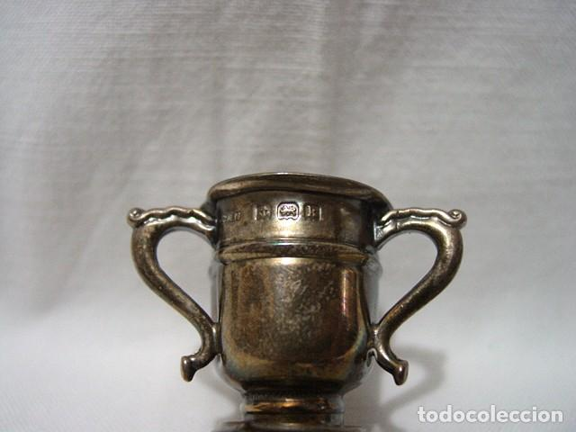 Antigüedades: MINIATURA. COPA CENTRO VASIJA O VASO DE PLATA CON 3 TRES ASAS-4 PUNZONES. PRINCIPIO 1900 - Foto 7 - 122481631