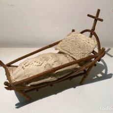 Antigüedades: CAMA CUNA NIÑO JESÚS. PRIMERA MITAD DEL SIGLO XX. Lote 154597888