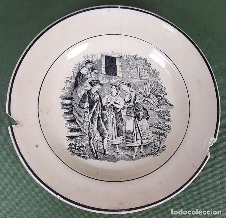 PLATO DE PORCELANA. ESCENA POPULAR ESTAMPADA. FABRICA DE CARTAGENA. SIGLO XIX-XX. (Antigüedades - Porcelanas y Cerámicas - Cartagena)