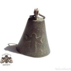 Antigüedades: CAMPANA EN BRONCE CON ANGEL CUSTODIO .- 12 CM DE ALTO. Lote 143765340