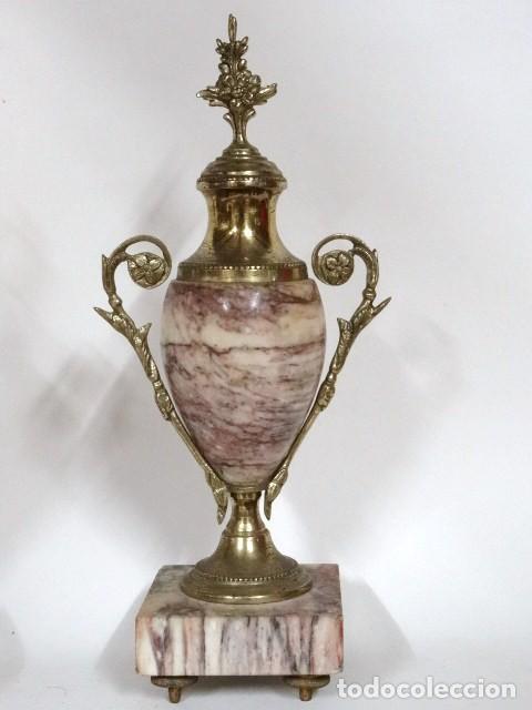 Antigüedades: Pareja de copas. Mármol, y bronce.S.XIX-XX - Foto 3 - 122565747
