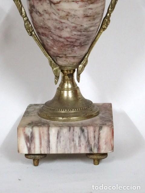 Antigüedades: Pareja de copas. Mármol, y bronce.S.XIX-XX - Foto 4 - 122565747