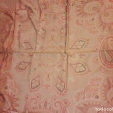 Antigüedades: ANTIGUA COLCHA EPOCA ARTDECO HACIA 1920. MEDIDAS 115X260 CM. . Lote 122577499