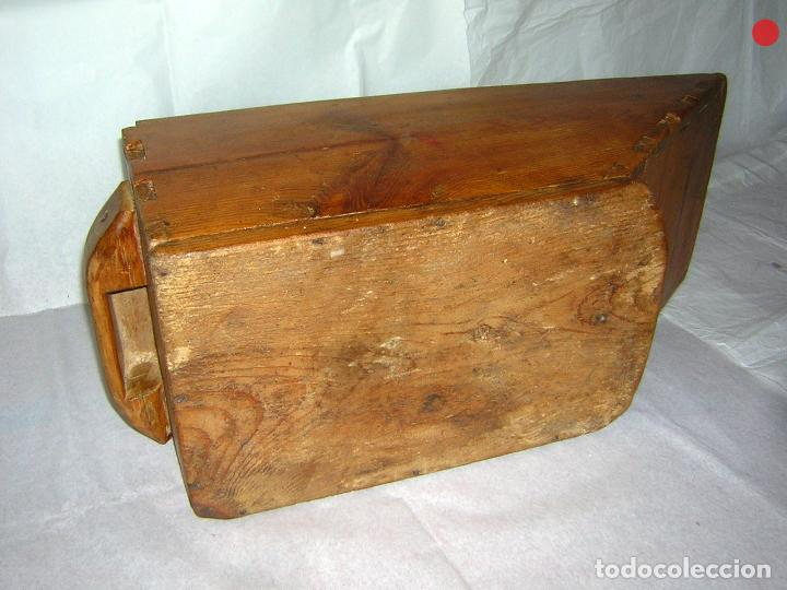 Antigüedades: MEDIDA PARA EL GRANO UN CUARTO DE FANEGA - Foto 8 - 122580043