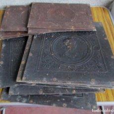 Antigüedades: 7 ASIENTOS Y 5 RESPALDOS -- DE CUERO RÍGIDO O SIMILAR . Lote 122612255